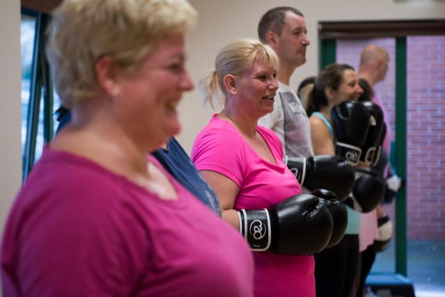 Image of Livewell clients in boxing class
