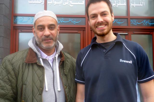 Image of health check advisor Dan with Nazir from Derby Jamia Mosque